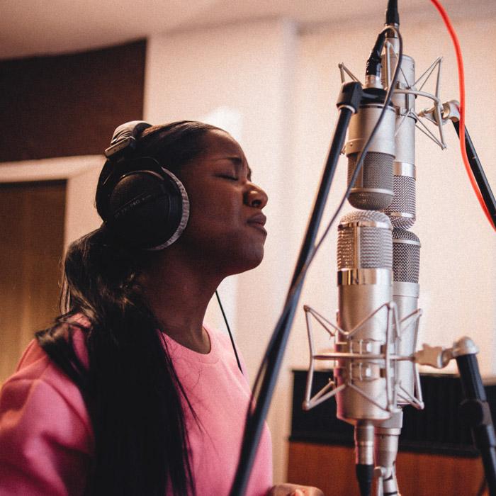 U47 style microphones shootout